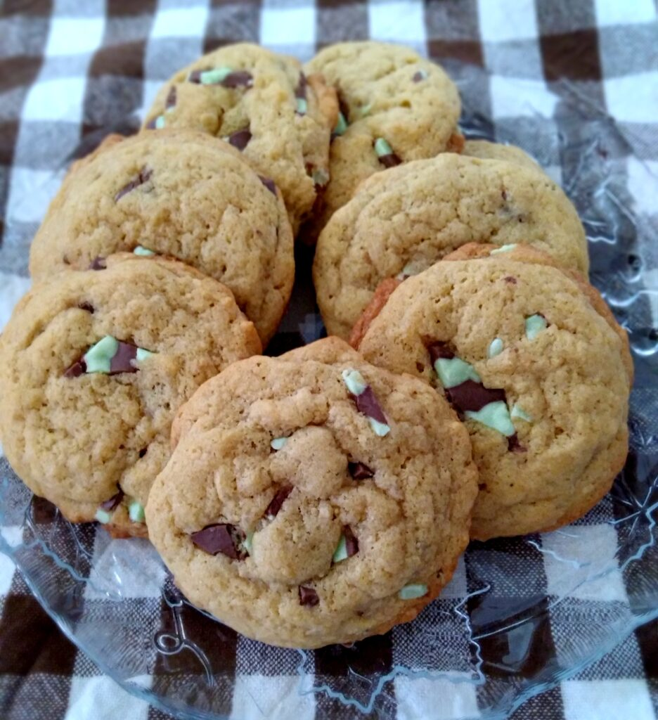 Amish mint chip cookies
